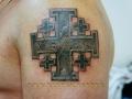 тату камень мальтийский крест